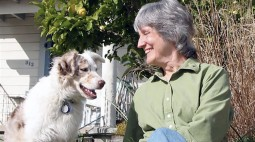 Donna_Haraway and Cayenne (photo de Rusten Hogness)